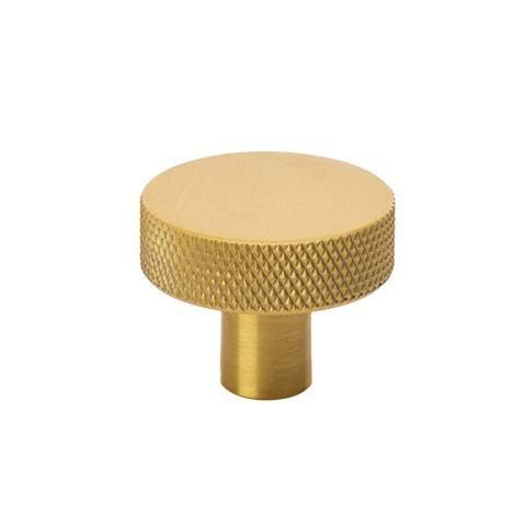 Beslag Design mööblinupp Flat 32 mm messing Palmett Lukud