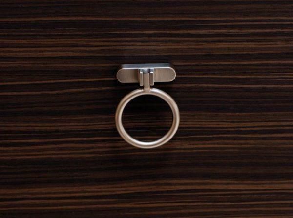 Beslag Design mööblinupp Treasure Palmett Lukud