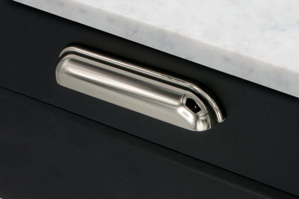 Beslag Design kausskäepide Saluto 96 mm nikkel Palmett Lukud